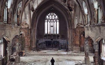The Death of Suburbia and the Suburban Church
